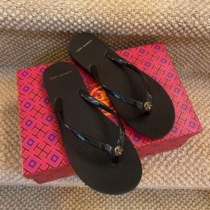 Tory Burch Thin Flop-Flip